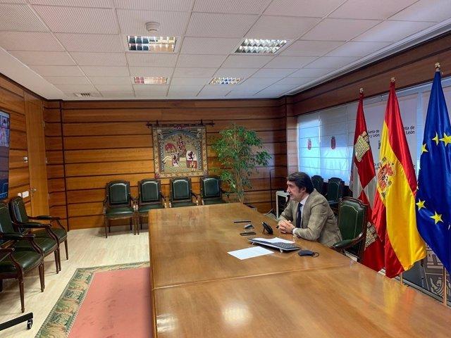 El consejero de Fomento participa de forma telemática en una jornada medioambiental organizada por el Consejo General de Cámaras de Comercio.