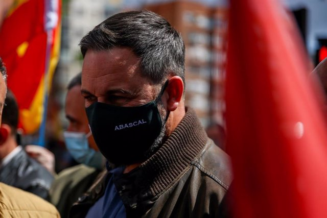 El presidente de Vox, Santiago Abascal, asiste un acto del sindicato Solidaridad, en Conde de Casal, a 1 de mayo de 2021, en Madrid, (España). Esta protesta es una de las muchas movilizaciones que el sindicato Solidaridad ha convocado en varias partes de