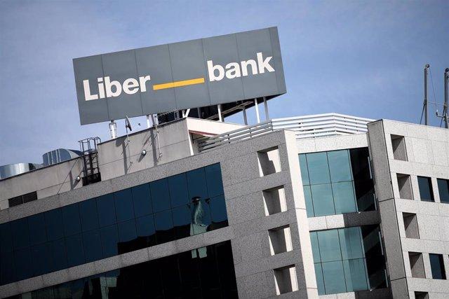 Archivo - Fachada de la sede central de Liberbank, en Madrid