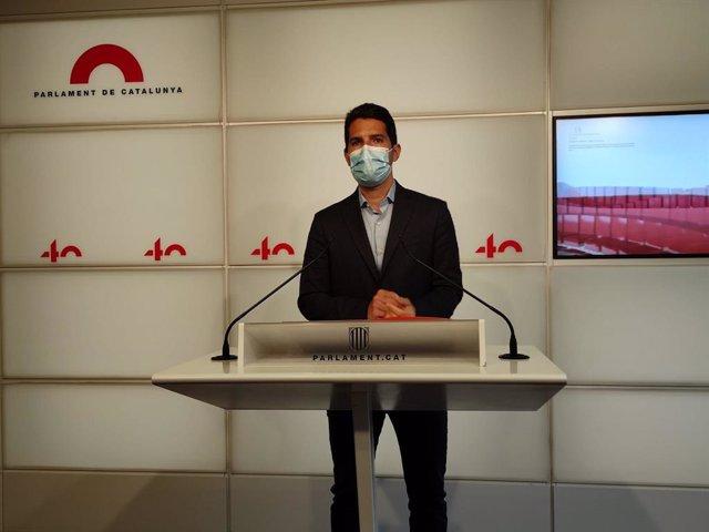 Arxiu - El diputat de Cs Nacho Martín Blanco en una roda de premsa al Parlament el 7 d'abril del 2021.