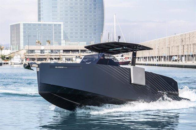 Cupra y De Antonio Yachts presentan el yate producto de su colaboración