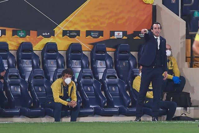 Unai Emery head coach of Villarreal CF during the Europa League semifinal match first leg between Villarreal and Arsenal FC at Estadio de la Ceramica on 29 April, 2021 in Vila-real, Spain