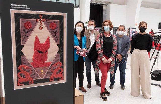 """Inauguración de la exposición sobre Drácula """"Odol Tinta - Banpiroari Omenaldia"""" en el Edificio Ensanche de Bilbao."""