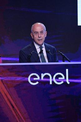 Archivo - Francesco Starace, CEO de Enel, en la presentación del plan estratégico 2019