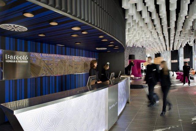 Archivo - Arxiu - Recepció de l'hotel Barceló Raval.