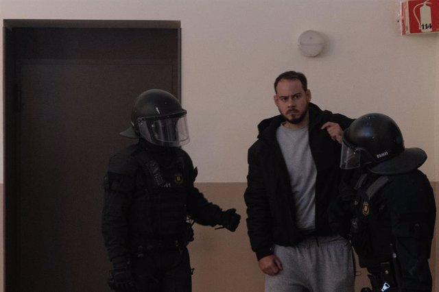 Archivo - Arxiu - Els Mossos arresten Pablo Hasel a Lleida.