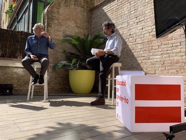 (I-D) El Coautor Del Anuario 2020 De La Fundació Bofill, Cèsar Coll, Y El Director De La Entidad, Ismael Palacín, En La Presentación Del Informe