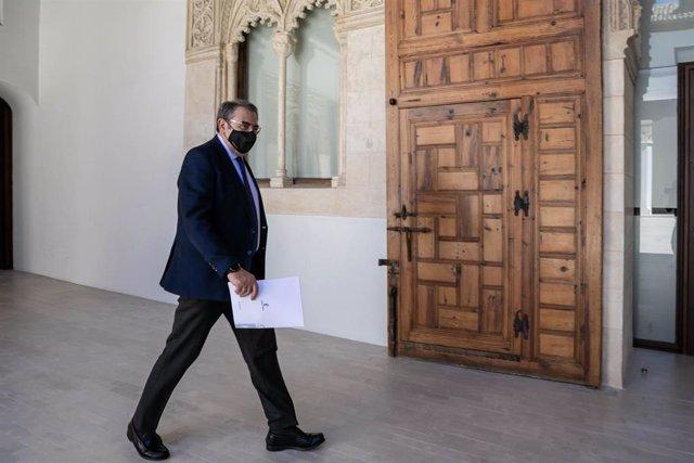 El consejero de Sanidad de C-LM, Jesús Fernández Sanz, tras el Consejo Extraordinario.