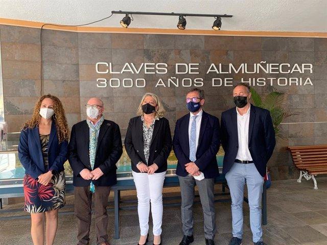 El delegado de Turismo de la Junta en Granada, Gustavo Rodríguez, presenta las líneas de ayudas a las empresas del sector turístico