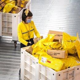 Archivo - Mercado Libre factura un 73% más en 2020, con más de 3.300 millones, y se acerca al beneficio