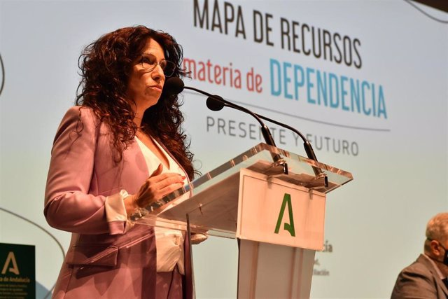 Igualdad pone en marcha el nuevo mapa de recursos de dependencia para impulsar la planificación de recursos sociales
