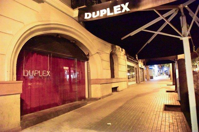Archivo - Arxiu - Una discoteca tancada a Barcelona.