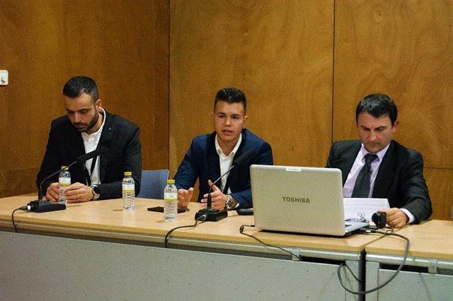 Archivo - Roberto Lifante (centro), CEO de TK Analytics