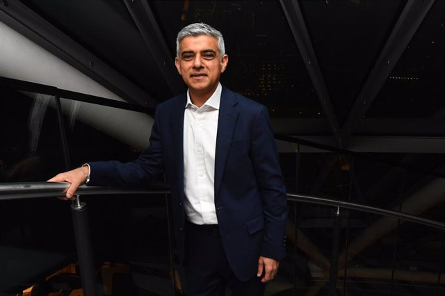 08 May 2021, United Kingdom, London: Labour's Sadiq Khan arrives at City Hall, for the declaration as to the next Mayor of London. Photo: Victoria Jones/PA Wire/dpa