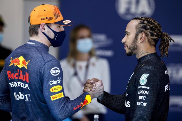 VERSTAPPEN Max (ned), Red Bull Racing Honda RB16B, portrait and HAMILTON Lewis (gbr), Mercedes AMG F1 GP W12 E Performance, portrait during the Formula 1 Aramco Gran Premio De Espana 2021 from May 07 to 10, 2021 on the Circuit de Barcelona-Catalunya, in M