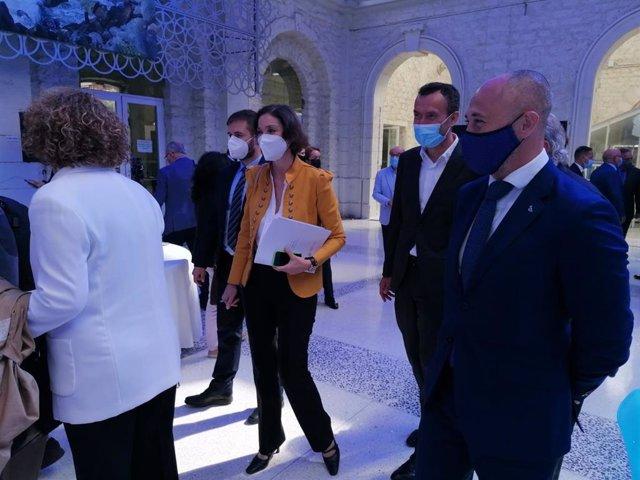 Arxiu - La ministra, Reyes Maroto, a Alacant.