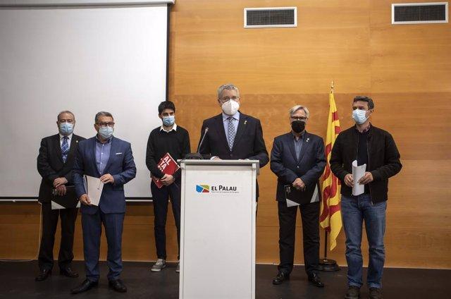 Alcaldes de Tarragona demanen l'alliberament de les mercaderies per la costa.