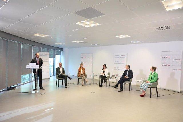 El CEO de Vitaldent, Javier Martín Ocaña, interviene durante el Encuentro Digital 'Estudio: Pierde el Miedo' organizado por Europa Press y Vitaldent, a 11 de mayo de 2021, en Madrid, (España).