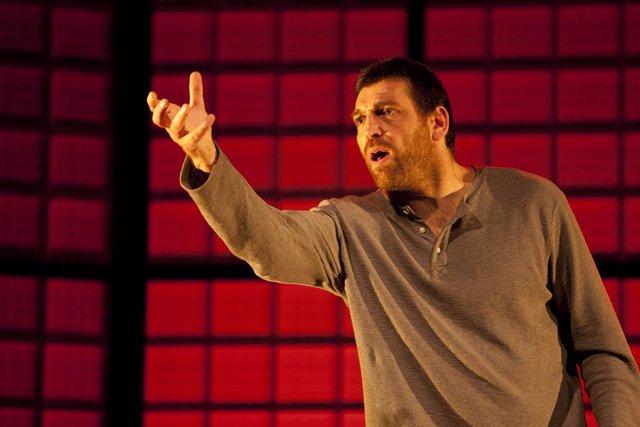 Hovik Keuchkerian protagonitza 'Un obús en el corazón'
