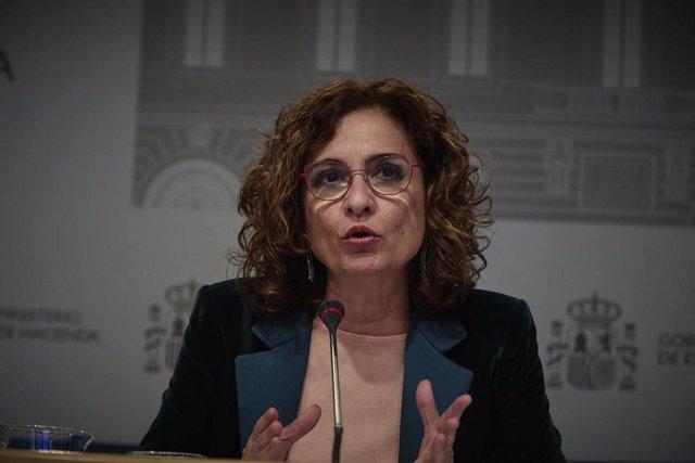 La ministra de Hacienda y portavoz del Gobierno, María Jesús Monter