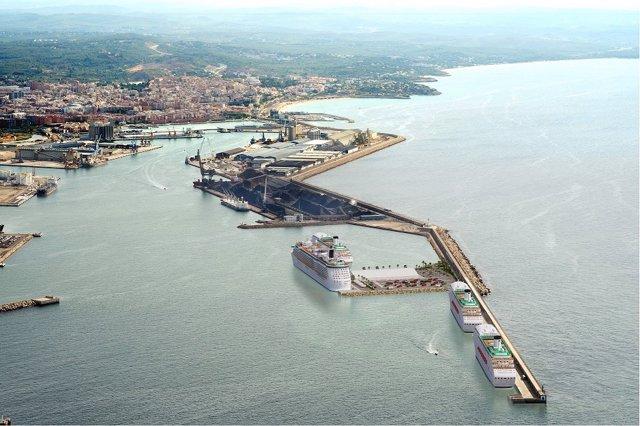 Archivo - Arxiu - Creuers al Port de Tarragona.