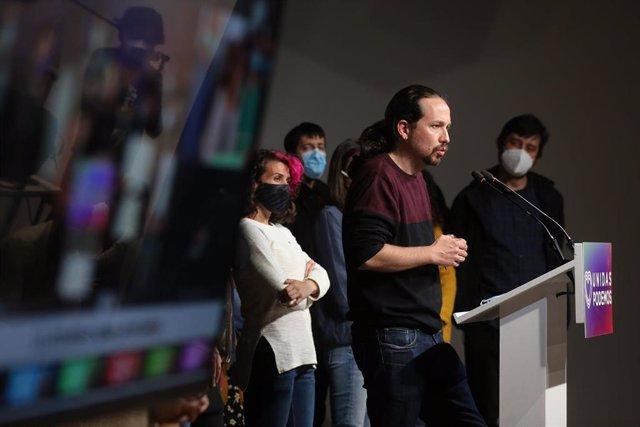 El candidato de Unidas Podemos a la presidencia de la Comunidad de Madrid y secretario general de Podemos, Pablo Iglesias, durante una rueda de prensa tras las votaciones de la jornada electoral, a 4 de mayo de 2021, en Madrid (España). Iglesias ha anunci