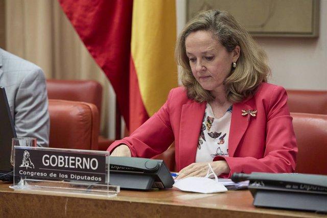La vicepresidenta segona del Govern i ministra d'Assumptes Econòmics i Transformació Digital, Nadia Calviño. Foto d'arxiu.