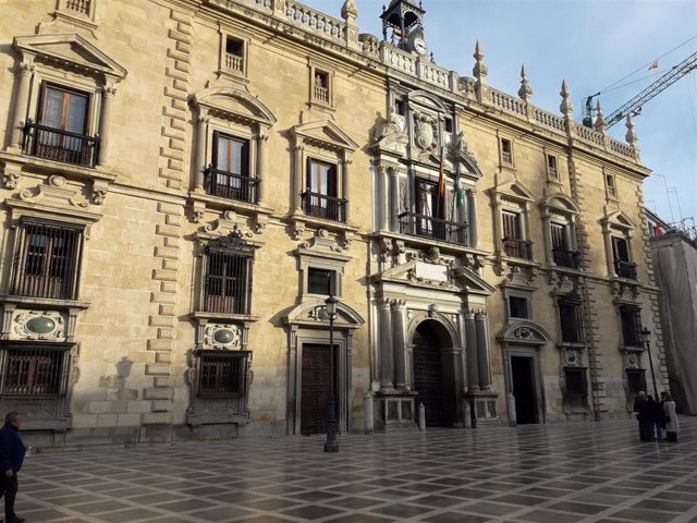 Archivo - Edificio de la Real Chancillería de Granada y sede del TSJA en Granada.