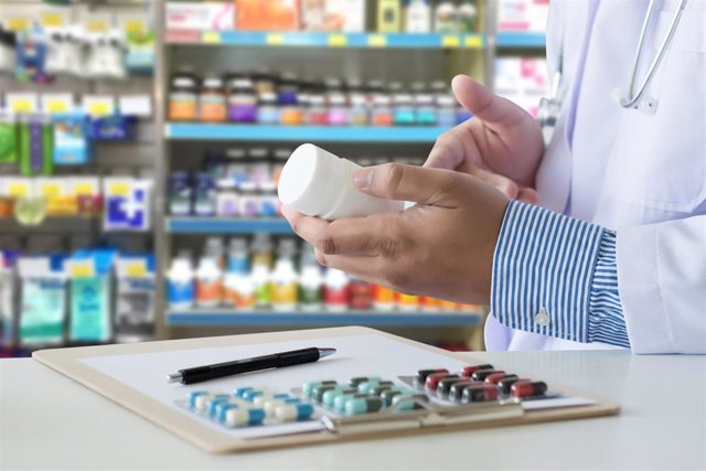 Archivo - Farmacia, farmacéutico