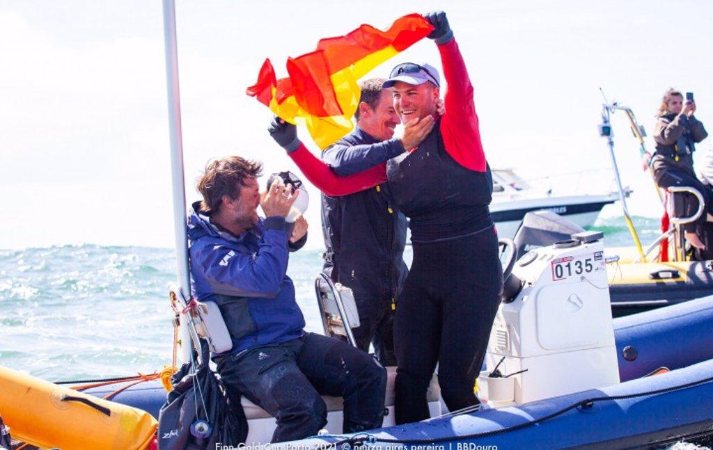 Joan Cardona se proclama subcampeón del mundo y España consigue el billete para Tokyo 2020 en Finn