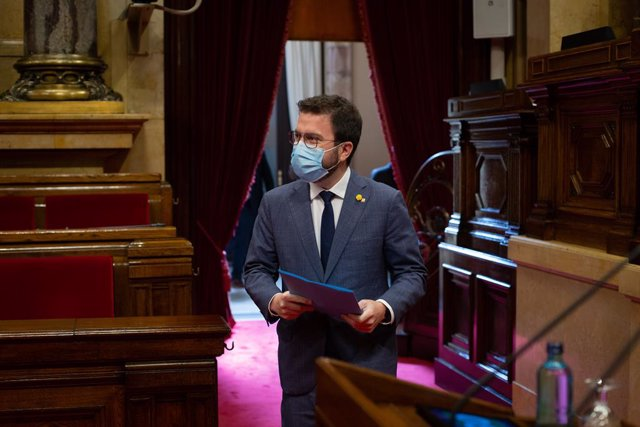 Archivo - Arxivo - El vicepresident de la Generalitat en funcions, Pere Aragonès, durant la Diputació Permanent del Parlament al febrer.
