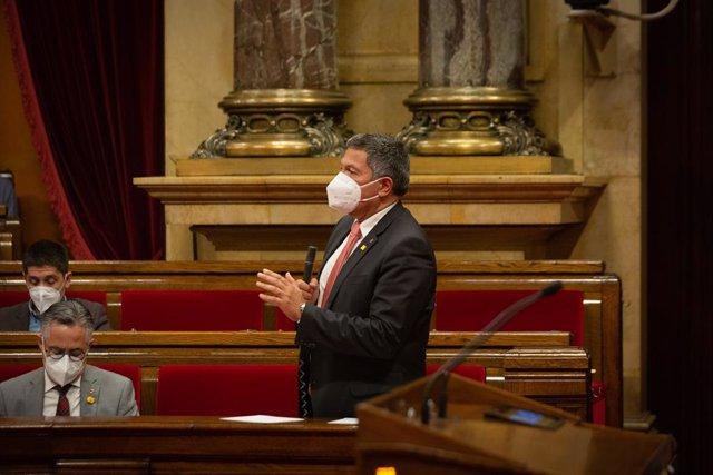 Arxiu - El conseller d'Interior de la Generalitat en funcions, Miquel Sàmper.