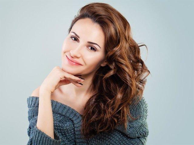 Liposución y bichetomía son los dos tratamientos plásticos más demandados para lograr una cara más afinada y delgada