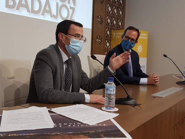 El presidente de la Diputación de Badajoz y el de Red Electrica