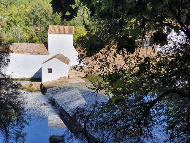 Archivo - Molino Benarosa en la riberas del río Guadaíra, en Alcalá de Guadaíra (Sevilla).