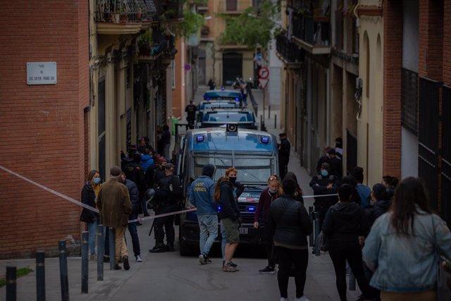 Arxiu - Imatge d'un desnonament a Barcelona.