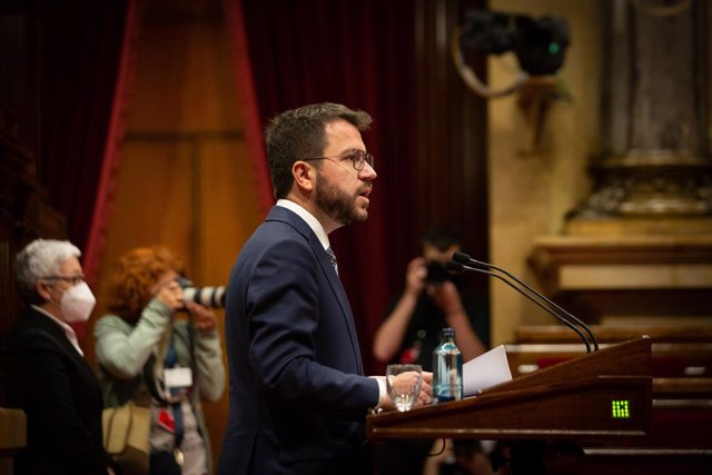 El vicepresident de la Generalitat en funcions, Pere Aragonès, en el ple del Parlament.