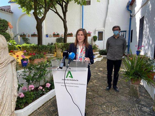 La delegada de Cultura y Patrimonio Histórico de la Junta de Andalucía en Córdoba, Cristina Casanueva, en rueda de prensa.