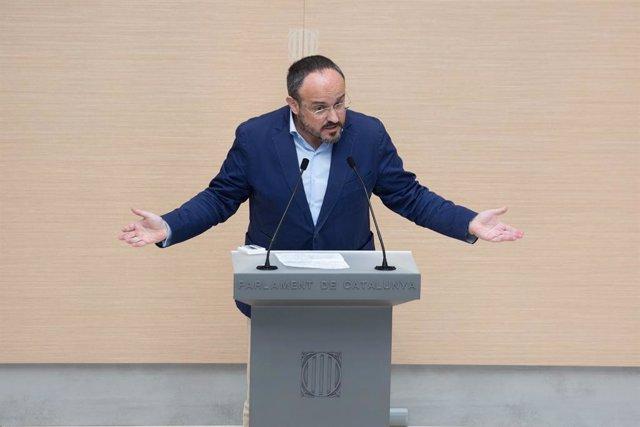 Archivo - Arxiu - El líder del PP al Parlament, Alejandro Fernández, intervé durant la segona sessió del debat d'investidura a la presidència de la Generalitat de Catalunya, al Parlament, Barcelona, Catalunya (Espanya), el 30 de març del 2021.