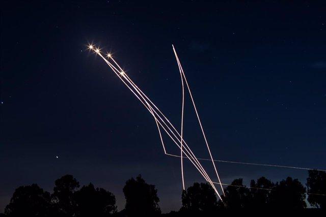 Coets llançats enmig dels enfrontaments entre Israel i Gaza
