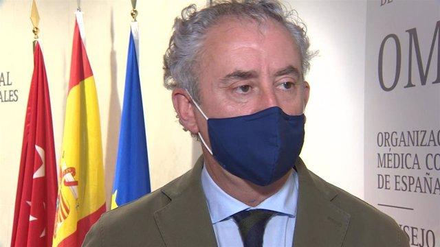 Imágenes del presidente del Consejo General de Colegios Oficiales de Médicos, Tomás Cobo.