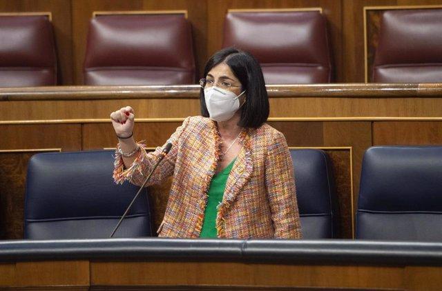 Archivo - La ministra de Sanidad, Carolina Darias, interviene durante una sesión plenaria en el Congreso de los Diputados, Madrid, (España), a 24 de marzo de 2021. Este pleno, marcado por la campaña electoral de Madrid del próximo 4 de mayo, supone la últ