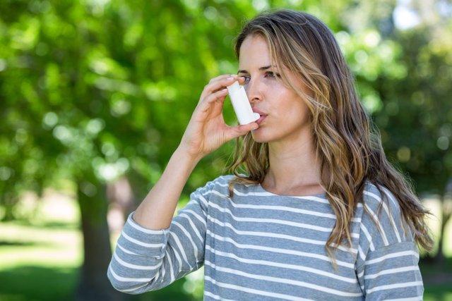 Asma, inhalador.