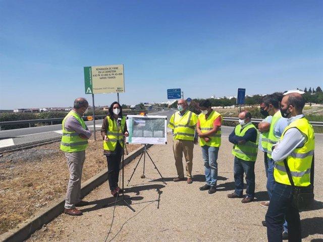 Visita a las obras de reparación en la A-92 entre los municipios de Arahal y Paradas