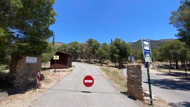 Entrada al parque periurbano de Castala en Berja (Almería)