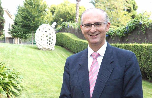 Arxiu - El nou rector de la UIC, Alfonso Méndiz.