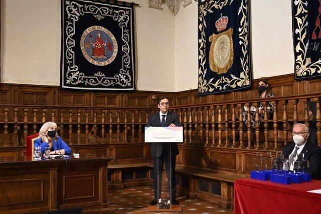 El presidente de Cofares, Eduardo Pastor, en la segunda edición del 'Acto de reconocimiento a los farmacéuticos Tutores de Prácticas Tuteladas'