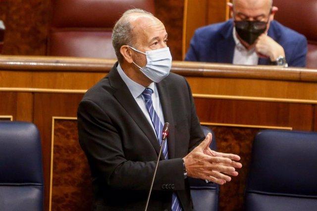 El ministro de Justicia, Juan Carlos Campo, interviene en una sesión de control en el Congreso de los Diputados, a 12 de mayo de 2021, en Madrid, (España).