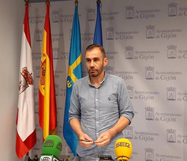 Archivo - El concejal de Ciudadanos en el Ayuntamiento de Gijón Rubén Pérez Carcedo