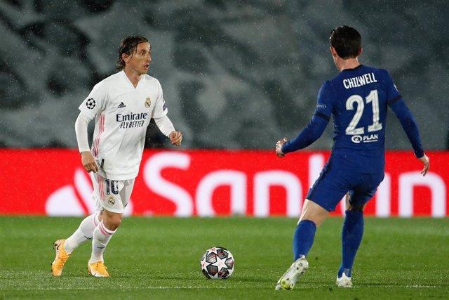 El centrocampista croata del Real Madrid Luka Modric en la eliminatoria de la Liga de Campeones 2020-21 contra el Chelsea en Valdebebas.